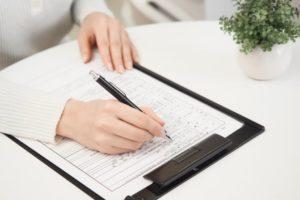 障害年金申請の書類作成イメージ